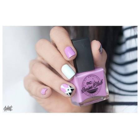 узор на ногтях фиолет сирен