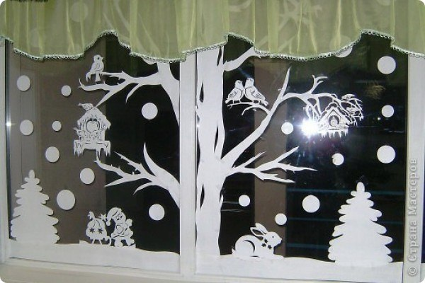 вытынанки на окнах