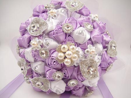 декор букетов на свадьбу